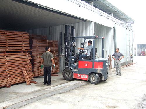 砖混木材干燥窑使用现场
